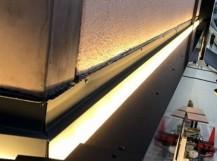 奈良市の店舗の剥がれた外装板金工事完成