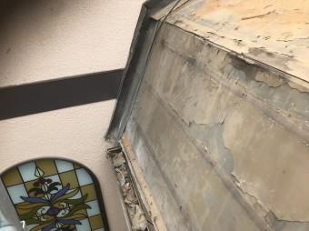 斑鳩町の急勾配屋根の様子