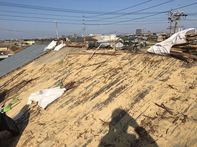 香芝市の乾式工法の瓦撤去