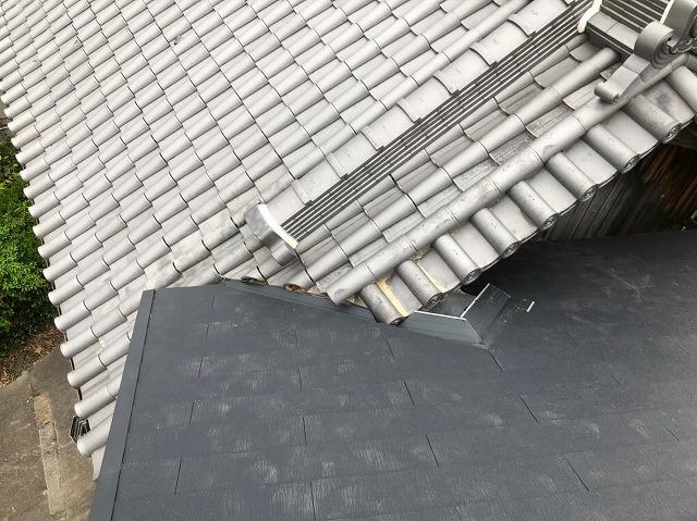 屋根が重なり入り組んだ部分