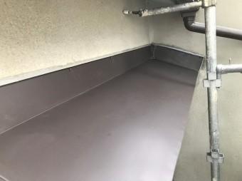 河合町で庇板金張り替え、ガルバリウム鋼板