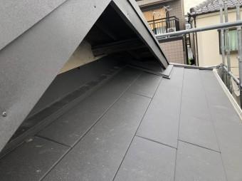 王寺町でスーパーガルテクト屋根へ葺き替え工事
