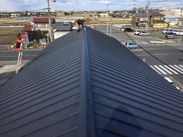 香芝市の立平葺き屋根の完成
