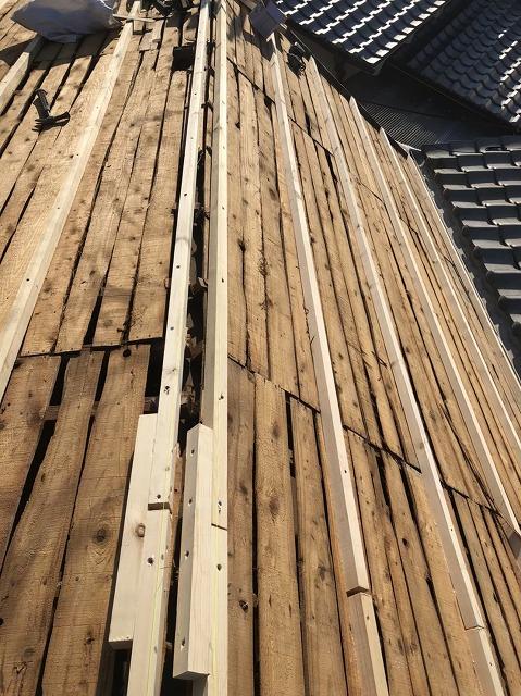 奈良市の陶器瓦屋根の下地調整