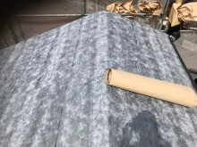 カバー工法で防水紙設置