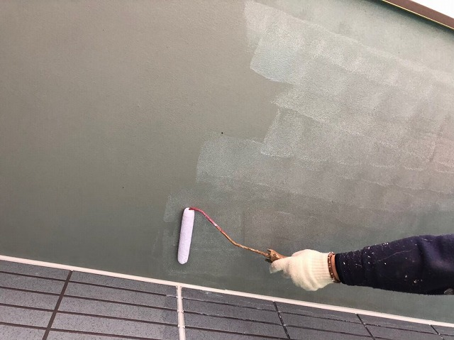 奈良市の屋根を葺き替えた住宅の付帯部を塗装して工事の全工程が完成
