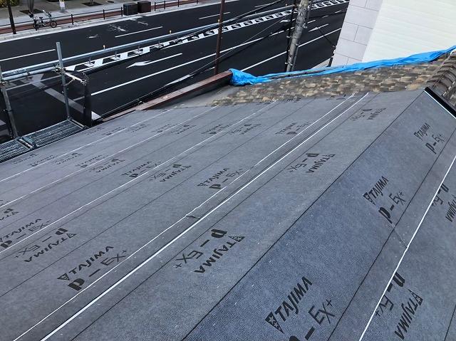 奈良市の雨漏り修理で防水紙を設置しました