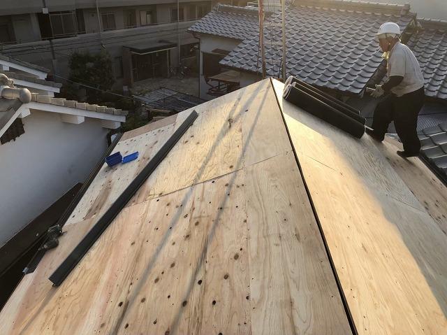 奈良市で構造用合板(野地板)の設置作業