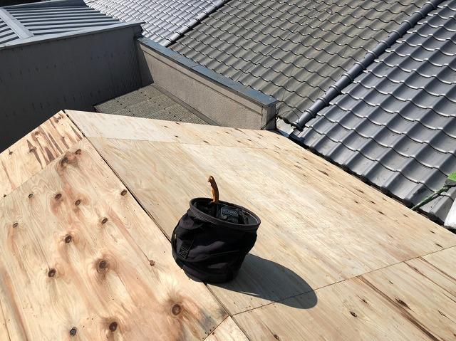 生駒市で構造用合板を増し張り