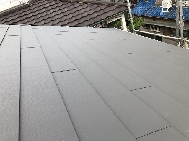 王寺町でスーパーガルテクト屋根が完成