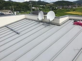 香芝市のトタン屋根のパラペット