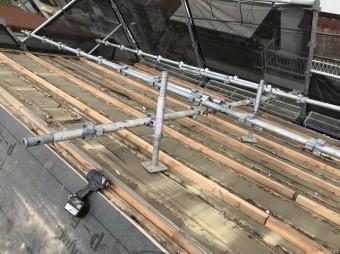 屋根の下地をかさ上げ