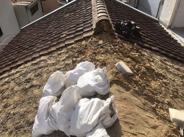 葺き替え工事開始解体作業