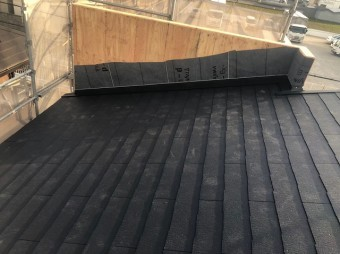 大和郡山市の新築分譲住宅の屋根工事完成