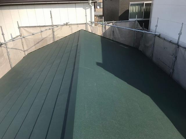 生駒市で完成したスーパーガルテクト屋根