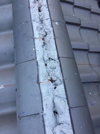 奈良市の瓦屋根の棟施工中