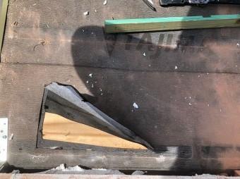 香芝市の平板瓦の下地確認