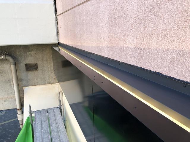 奈良市の店舗の外装板金工事完成