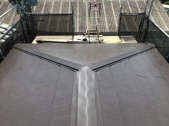 ガルテクト設置の屋根ブラウン