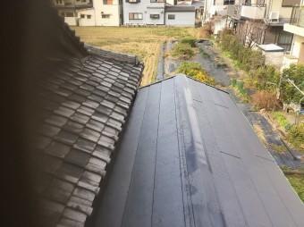 葛城町 複合屋根 屋根材設置